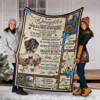 Dragonfly To My Daughter Never Give Up and Believe In Yourself Fleece Blanket - Christmas Best Gifts For Daughter From Mom